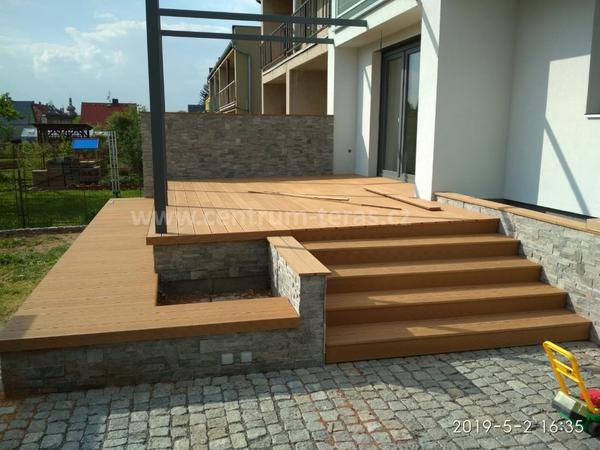 WPC terasa dle přání architekta