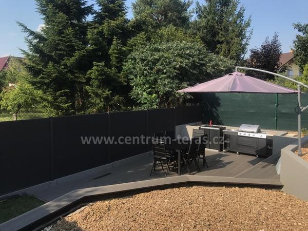 Moderní zahradní terasa